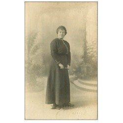 carte postale ancienne PARIS 03. Carte Photo d'une Femme. American Photo 35 Boulevard Beaumarchais 1916