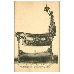 carte postale ancienne PARIS 03. Musée Carnavalet. Berceau du Prince Impérial