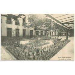 carte postale ancienne PARIS 04. Ecole Sophie-Germain. Jardin Cour