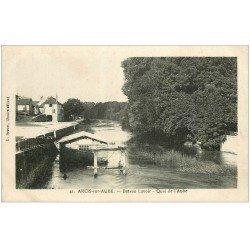 carte postale ancienne 10 ARCIS-SUR-AUBE. Bateau Lavoir Quai de l'Aube 1919