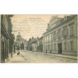 carte postale ancienne 10 ARCIS-SUR-AUBE. Hôtel de Ville Rue de Paris 1917