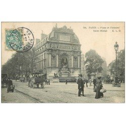 carte postale ancienne PARIS 06. Place et Fontaine Saint-Michel 1906