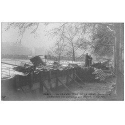 carte postale ancienne PARIS 07. Barrage Quai Voltaire Crue de 1910