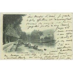 carte postale ancienne 10 BAR-SUR-AUBE. L'Aube et Mathaux 1902. Lavandières et Laveuses