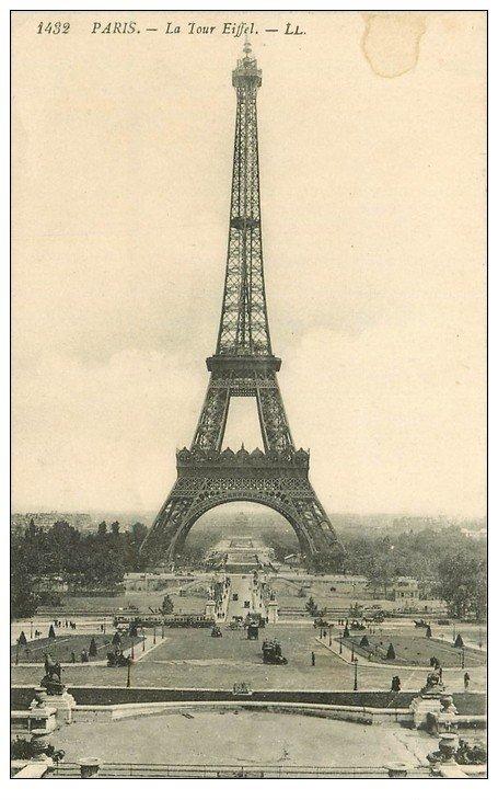 carte postale ancienne PARIS 07. La Tour Eiffel LL 1432