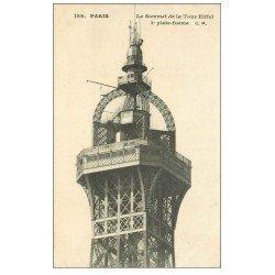 carte postale ancienne PARIS 07. Le sommet Tour Eiffel 3° plate-forme
