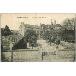 carte postale ancienne 10 BAR-SUR-AUBE. L'Ecole des Filles 1919