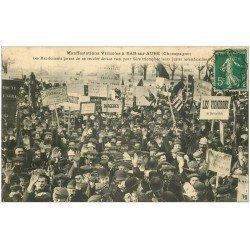 carte postale ancienne 10 BAR-SUR-AUBE. Manifestations Viticoles. Vignerons manifestants 1911