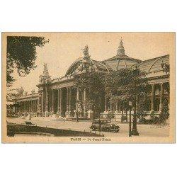 carte postale ancienne PARIS 08. Grand Palais voiture 1944
