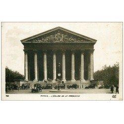 carte postale ancienne PARIS 08. La Madeleine avec Taxis