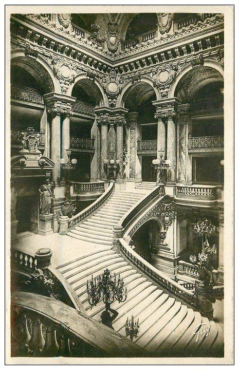 PARIS 09. L'Opéra Escalier 1937