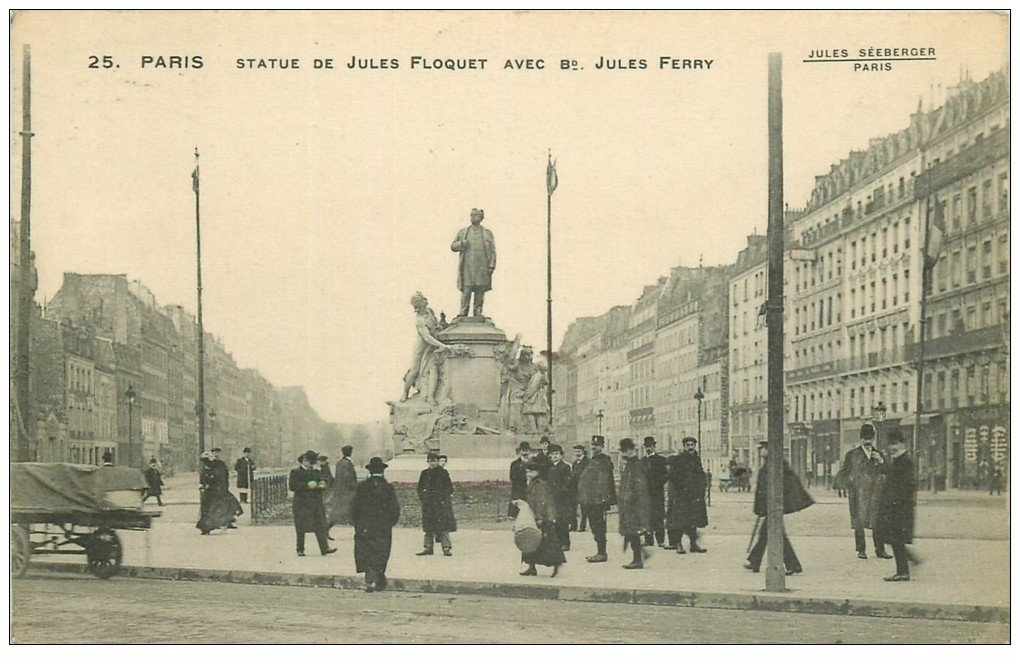 PARIS 11. Statue Floquet Boulevard Jules Ferry 1913