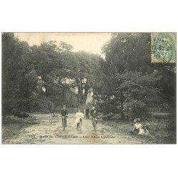 carte postale ancienne PARIS 12. Bois Vincennes. Allée Cycliste 1907. Destinataire à Bagnolet