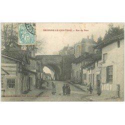 carte postale ancienne 10 BRIENNE-LE-CHATEAU. Rue du Pont 1905