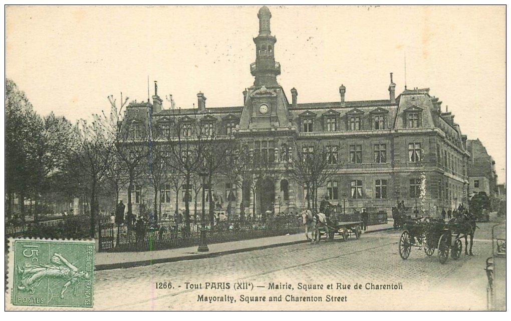 PARIS 12. La Mairie Square et rue de Charenton 1923