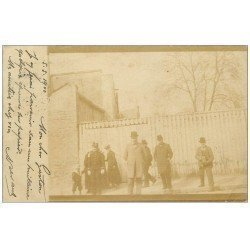 PARIS 13. Carte Photo rare 1900. Un Photographe et son appareil. De Paris XIII° pour Caen. Timbre 10 Centimes 1900