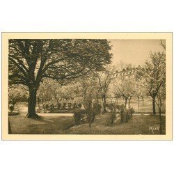 carte postale ancienne PARIS 13. Maison Augustines Rue de la Santé. Marronnier