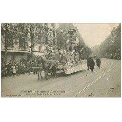 carte postale ancienne PARIS 14. Char de la Pêche à la Ligne. Fêtes mi-carême en 1906