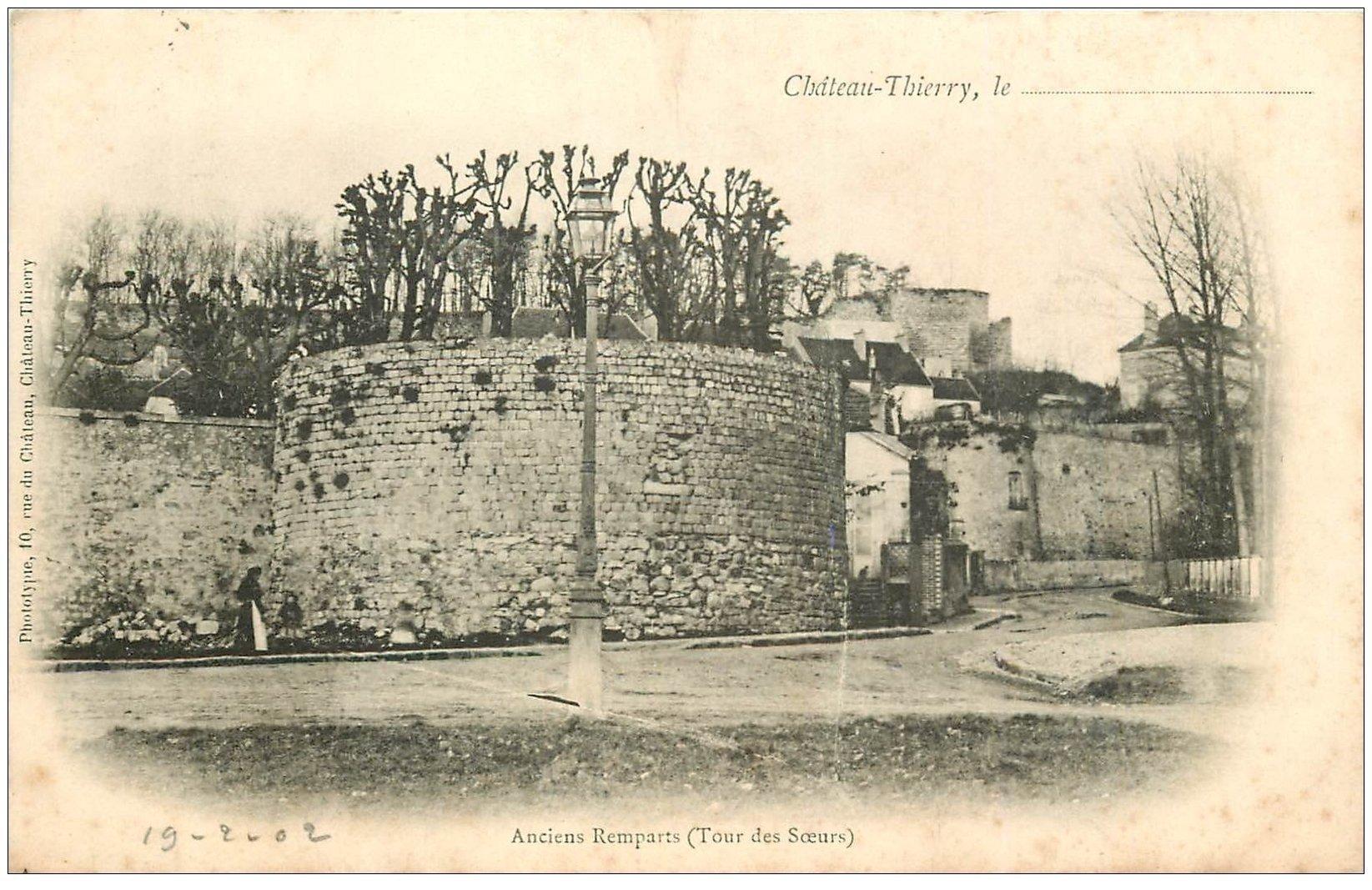 carte postale ancienne 02 CHATEAU-THIERRY. 1902 Tour des Soeurs ancien Rempart