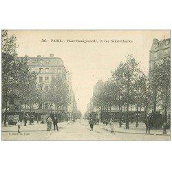 carte postale ancienne PARIS 15. Place Beaugrenelle et rue Saint-Charles 1927. Vespasiennes pub Absinthe oxigénée et Naphta
