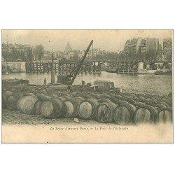 carte postale ancienne PARIS 15. Pont de l'Estacade entrepôt de barils et tonneaux 1904