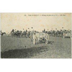 carte postale ancienne 10 MAILLY-LE-CAMP. Attelage des Pièces de 75 m/m