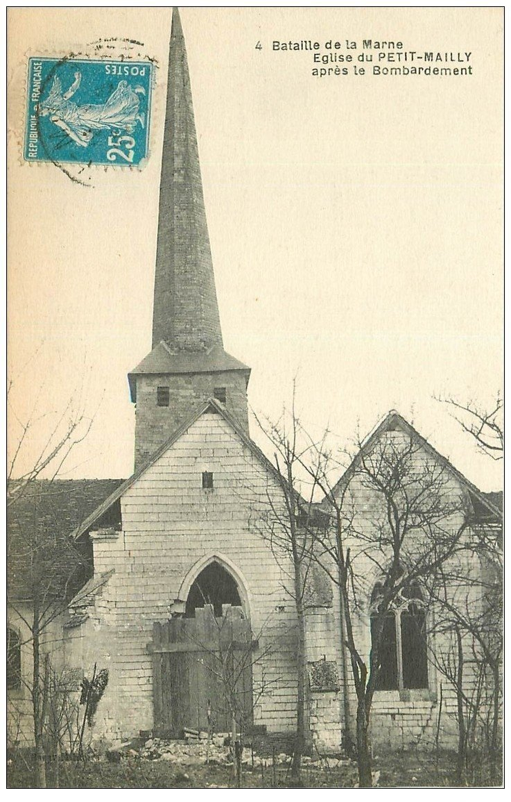 carte postale ancienne 10 MAILLY-LE-CAMP. Eglise du Petit-Mailly bombardée 1923