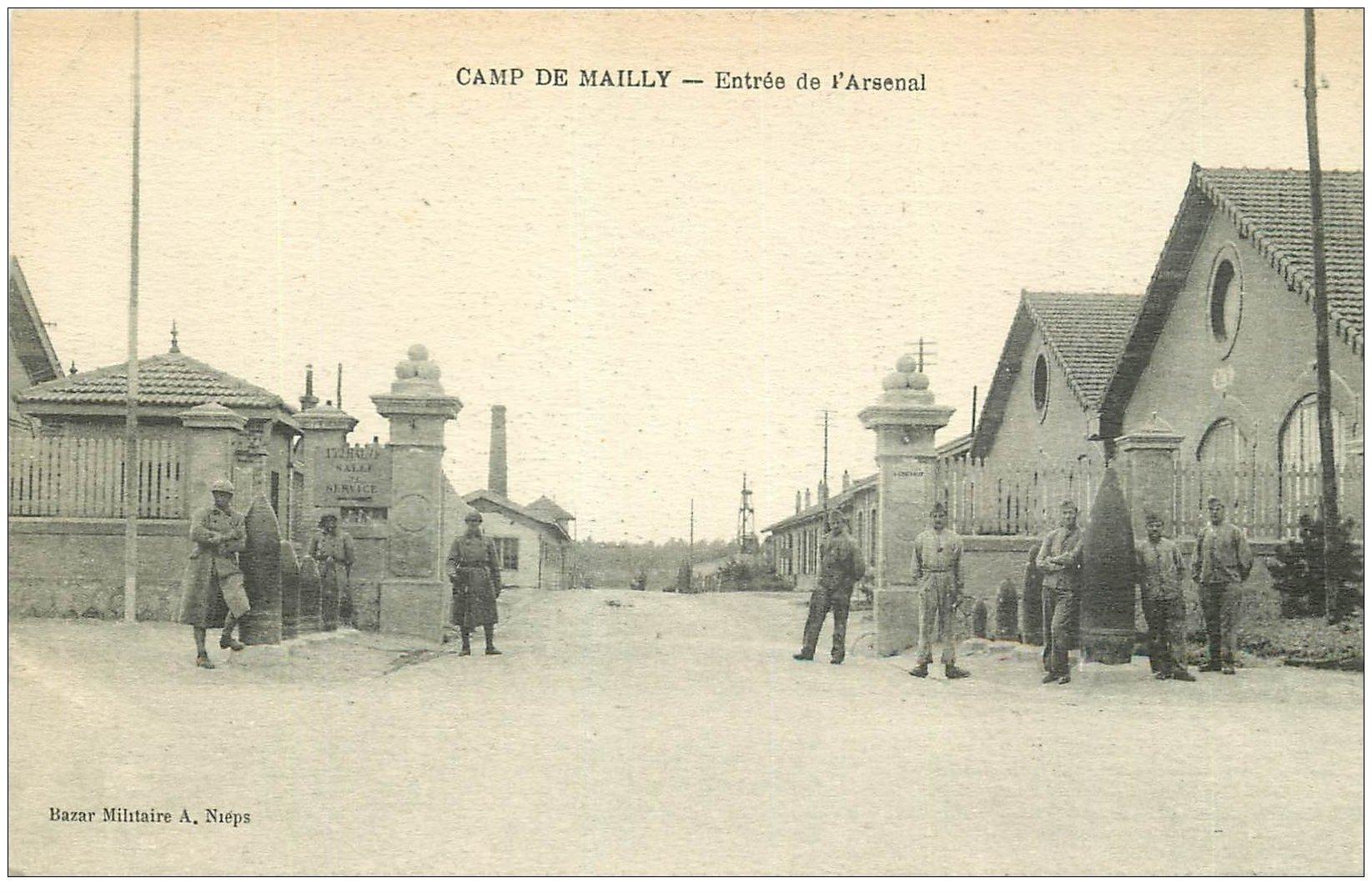 carte postale ancienne 10 MAILLY-LE-CAMP. Entrée de l'Arsenal 1923