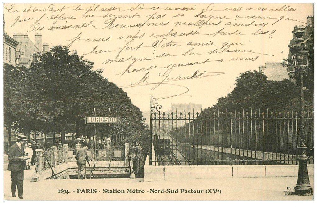 PARIS 15. Station Métropolitain Nord-Sud Pasteur