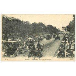 carte postale ancienne PARIS 16. Avenue du Bois de Boulogne 1918 Taxis et Fiacres