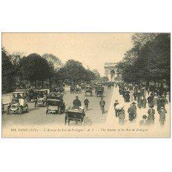 carte postale ancienne PARIS 16. Avenue du Bois de Boulogne Fiacres et Taxis