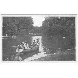 carte postale ancienne PARIS 16. Bois de Boulogne. Canotage
