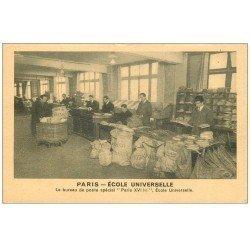 carte postale ancienne PARIS 16. Bureau de Poste Ecole Universelle 59 rue Exelmans. Le tri du courrier