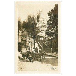 carte postale ancienne PARIS 18. Le Chevrier de Montmartre. Chèvres et Funiculaire