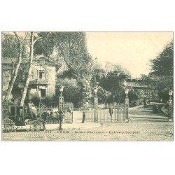 carte postale ancienne PARIS 19. Buttes Chaumont. Attelage Entrée principale