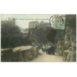 carte postale ancienne PARIS 19. Buttes Chaumont. Entre les Rochers 1907