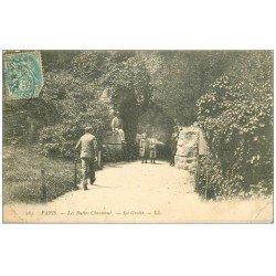 carte postale ancienne PARIS 19. Buttes Chaumont. La Grotte 1907