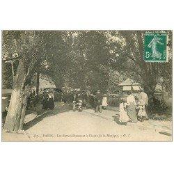 carte postale ancienne PARIS 19. Buttes Chaumont. L'heure de la Musique