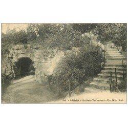 carte postale ancienne PARIS 19. Buttes Chaumont. Un Site 1909
