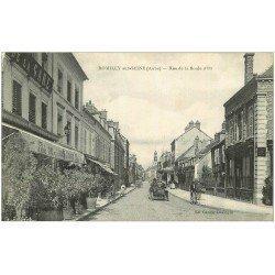 carte postale ancienne 10 ROMILLY-SUR-SEINE. Rue de la Boule d'Or 1916. Voiture Tacot et Café de la Gare