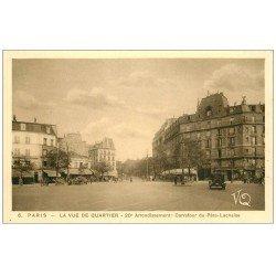 carte postale ancienne PARIS 20. Carrefour du Père-Lachaise