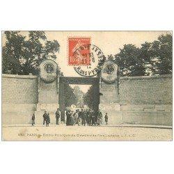 carte postale ancienne PARIS 20. Cimetière Père Lachaise. Entrée Principale 1912