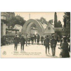 carte postale ancienne PARIS EXPOSITION DES ARTS DECORATIFS 1925. Village du Jouet