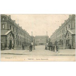 carte postale ancienne 10 TROYES. Caserne Beurnonville 1906