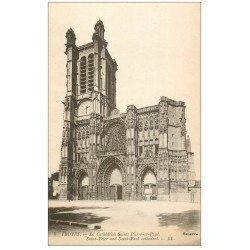 carte postale ancienne 10 TROYES. Cathédrale Saint-Pierre et Paul