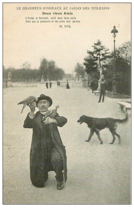 carte postale ancienne PARIS I°. Jardin Tuileries le Chameur d'Oiseaux. Vieux Métiers. Deux vieux Amis