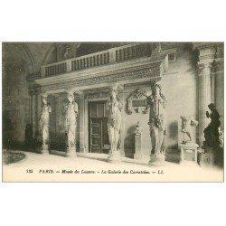 carte postale ancienne PARIS I°. Le Louvre Galerie des Cariatides