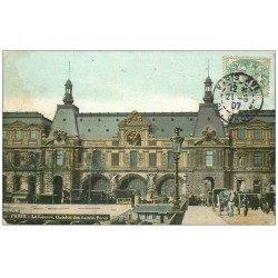 carte postale ancienne PARIS I°. Le Louvre Guichets des Saints-Pères 1907