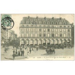 carte postale ancienne PARIS I°. Le Louvre Place du Palais Royal 1907