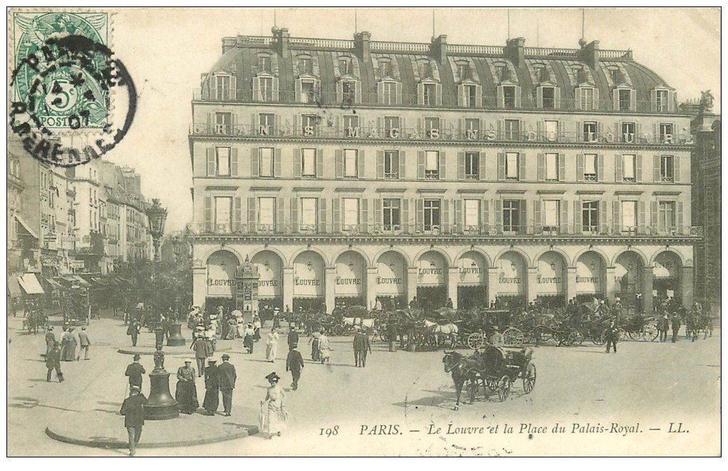 PARIS 01 Le Louvre Place du Palais Royal 1907